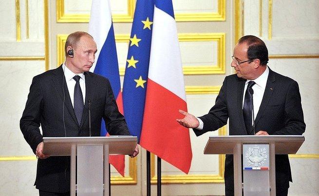 Олланд насмешил журналистов угрозами в адрес